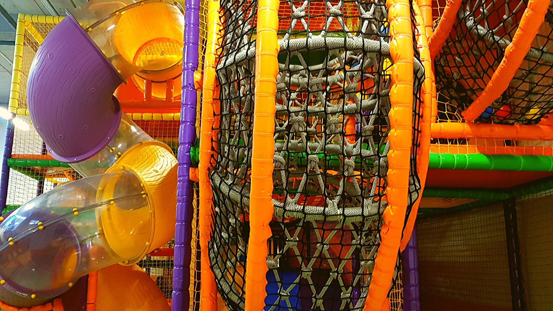 Zjeżdżalnia tubowa ślimakowa